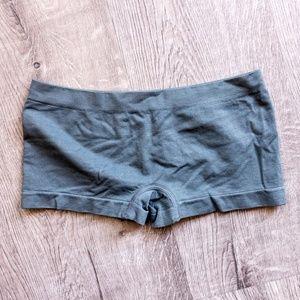 Boy shorts undies NWOT